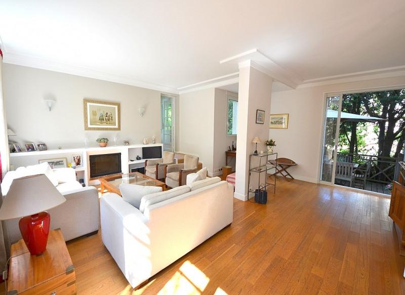 Vente de prestige maison / villa Suresnes 1390000€ - Photo 1