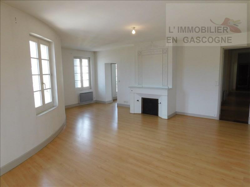 Location appartement Auch 598€ CC - Photo 1