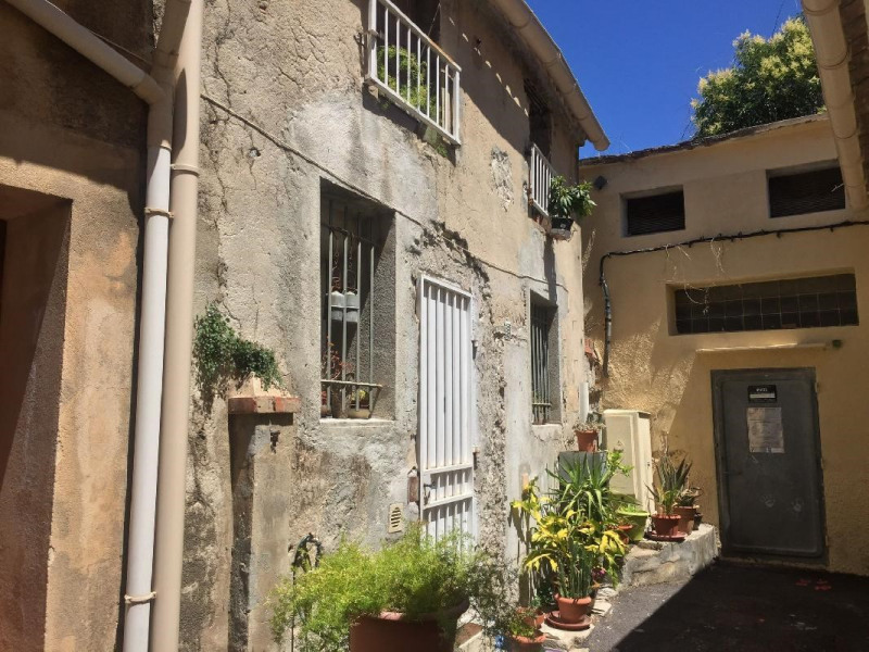 Investment property apartment Le beausset 147000€ - Picture 1