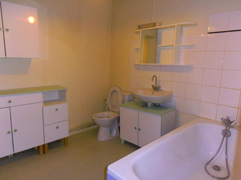 Rental apartment Montreal la cluse 486€ CC - Picture 5