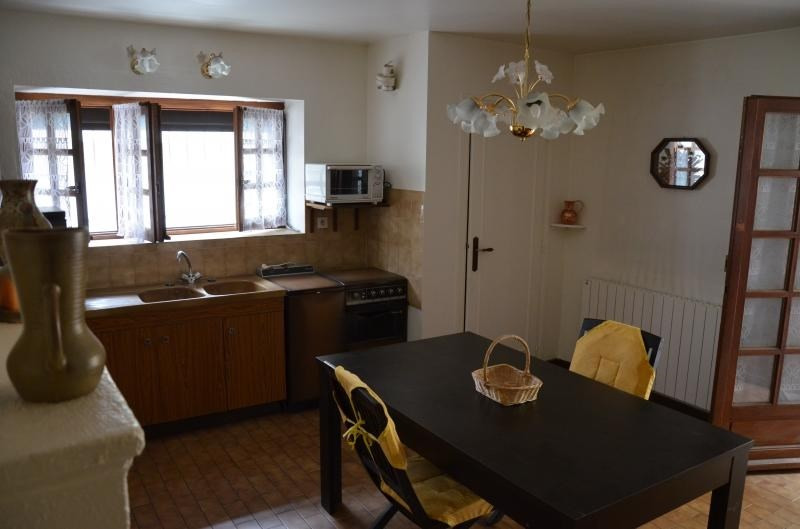 Sale apartment Heyrieux 133 000€ - Picture 2