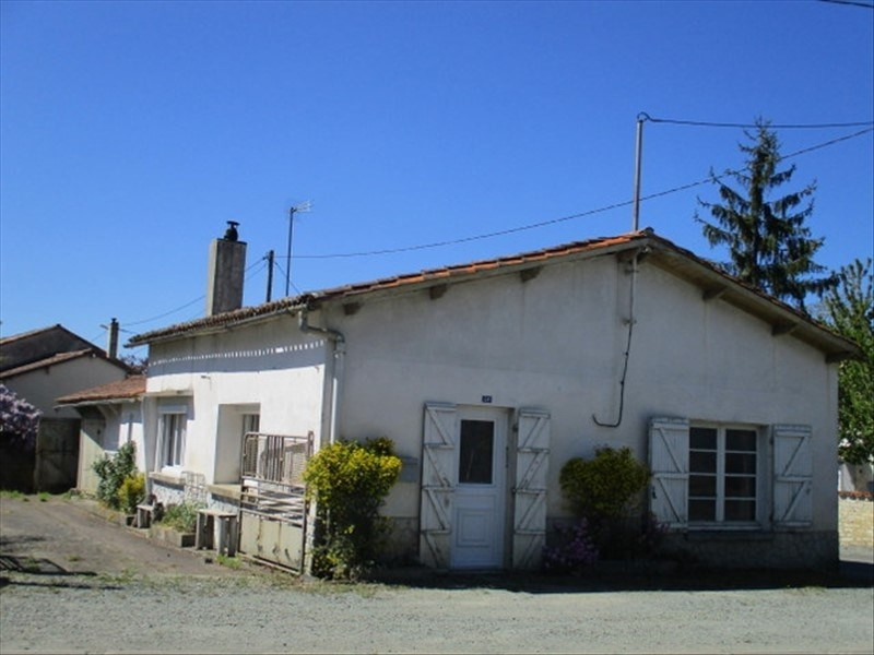 Sale house / villa Loulay 59 400€ - Picture 1