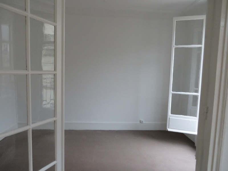 Rental apartment Paris 13ème 1200€ CC - Picture 2