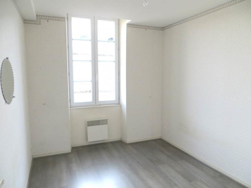 Rental apartment Saint-fort-sur-le-ne 360€ CC - Picture 4