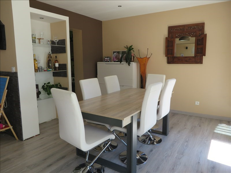 Sale house / villa Menesplet 132000€ - Picture 2