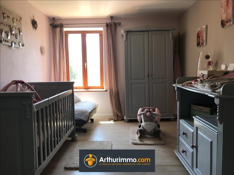 Sale house / villa Morestel 182000€ - Picture 2