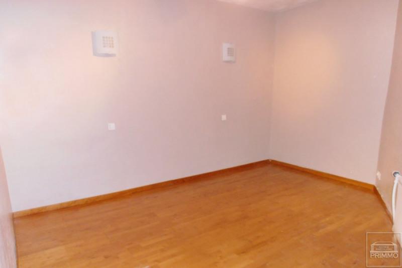 Rental apartment Saint germain au mont d'or 835€ CC - Picture 5
