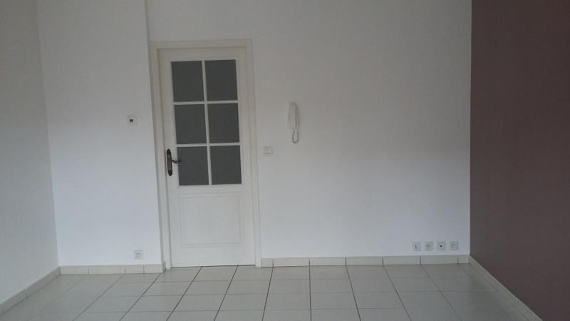 Rental apartment Culoz 459€ CC - Picture 3