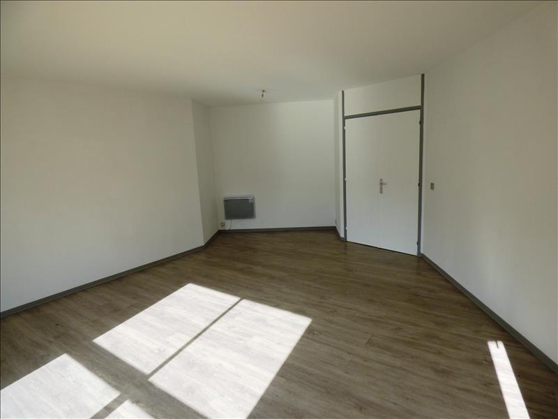 Location appartement Mazamet 560€ CC - Photo 3