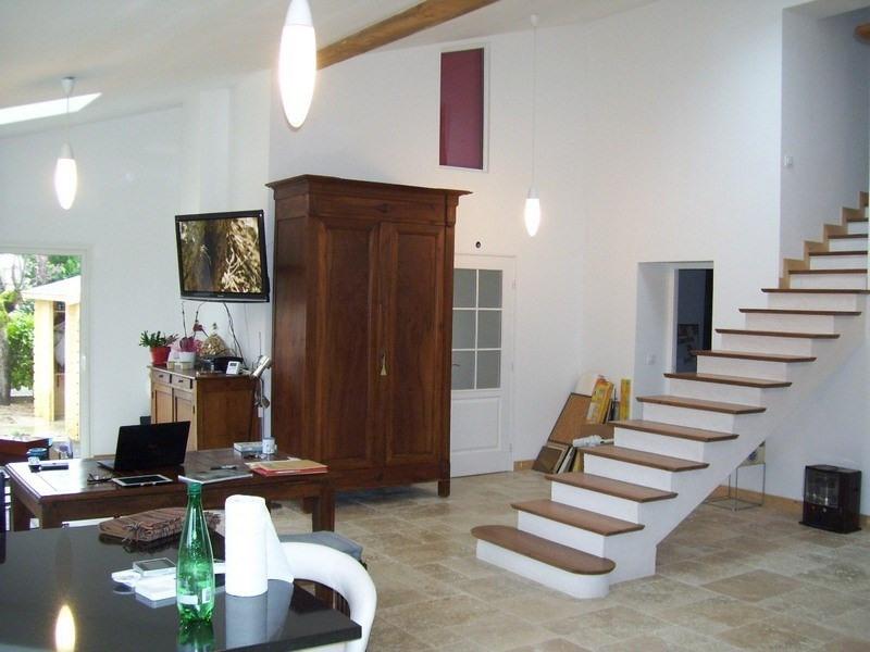 Sale house / villa Le passage 295000€ - Picture 1