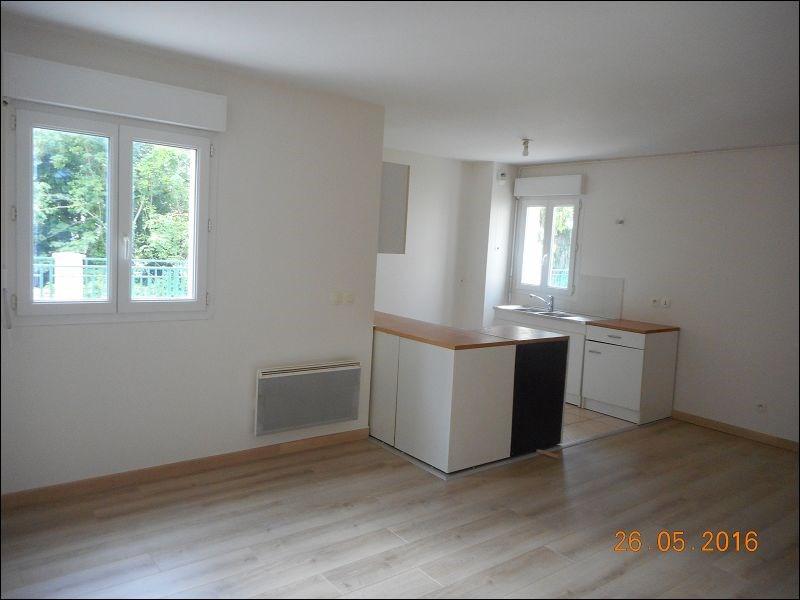 Rental apartment Juvisy sur orge 734€ CC - Picture 1