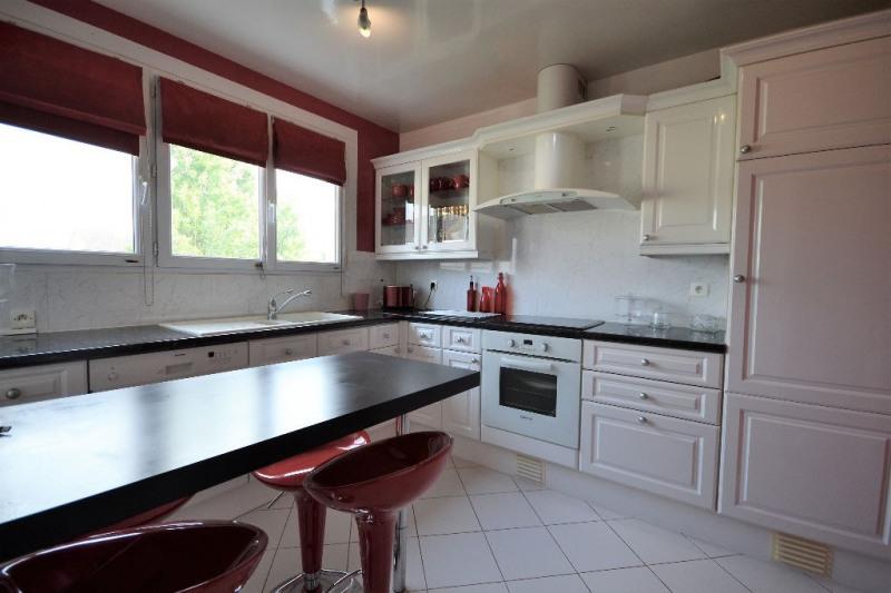 Sale house / villa Villepreux 315000€ - Picture 6
