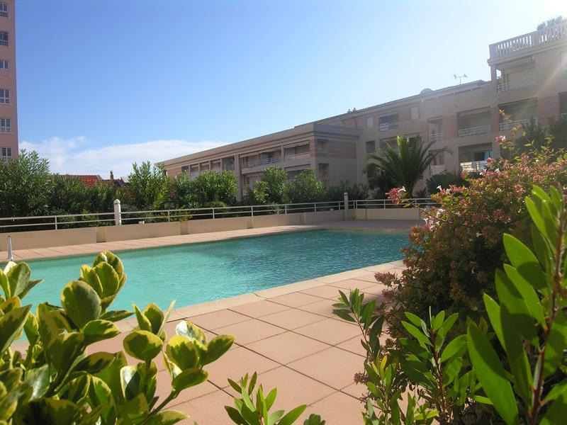 Vacation rental apartment Golfe juan 343€ - Picture 1