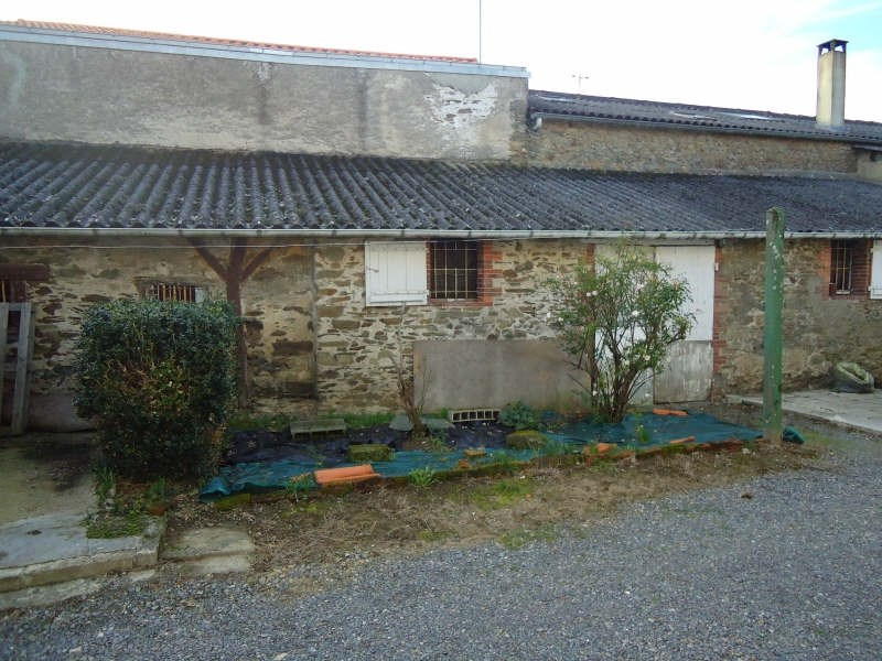 Sale house / villa Jallais 80 940€ - Picture 2