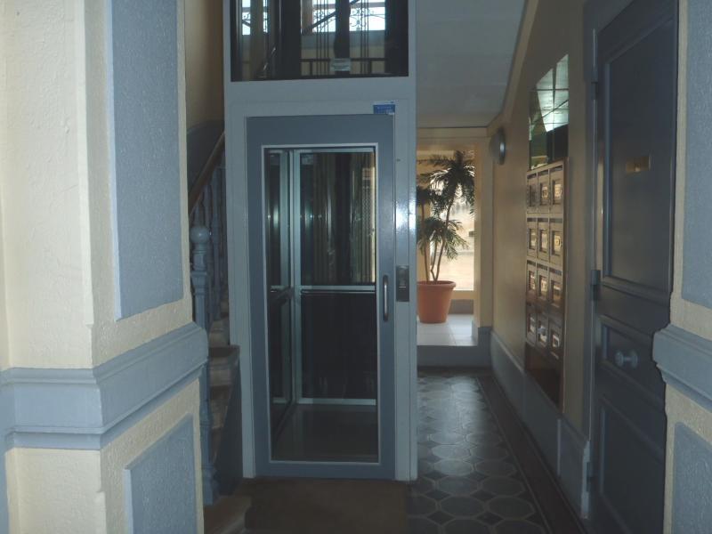 Location appartement Villefranche sur saone 438,25€ CC - Photo 6
