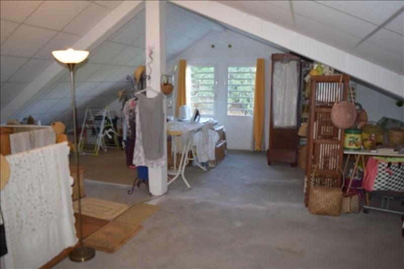 Sale house / villa La riviere 230000€ - Picture 4