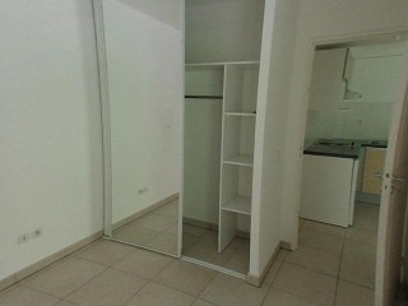 Location appartement St denis 608€ CC - Photo 2