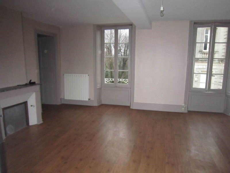 Rental apartment Cognac 550€ CC - Picture 3