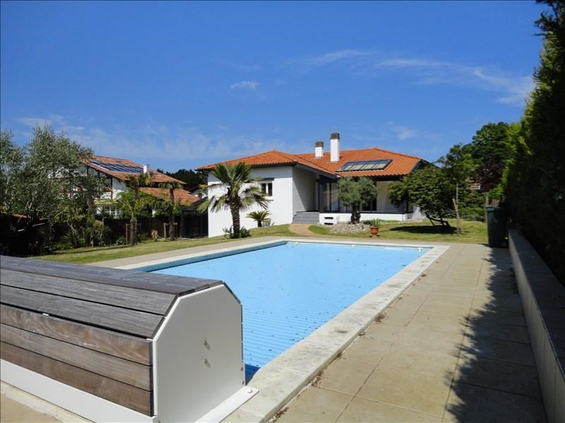 Deluxe sale house / villa Anglet 1190000€ - Picture 1