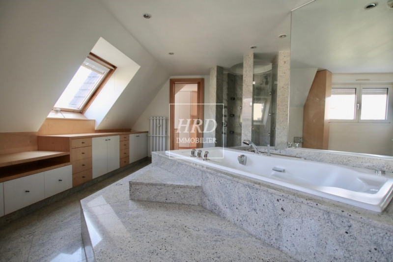 Deluxe sale apartment Strasbourg 748 800€ - Picture 7