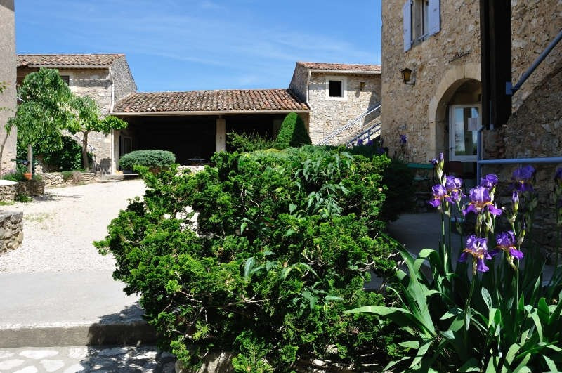 Deluxe sale house / villa Barjac 2 300 000€ - Picture 2