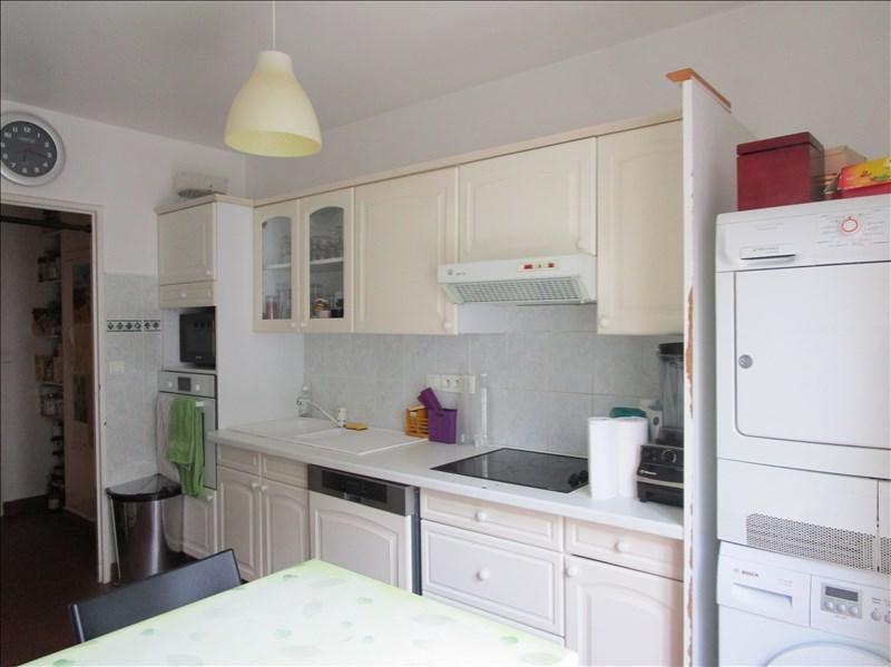 Sale apartment Versailles 560000€ - Picture 2