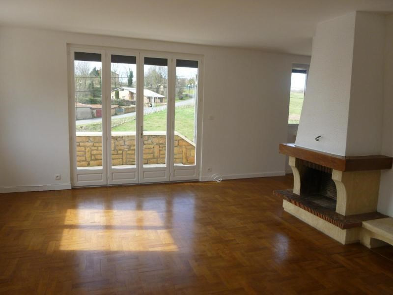 Location maison / villa Alix 1 280€ CC - Photo 2