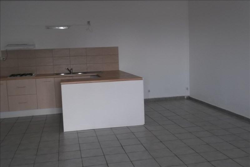 Rental apartment Lamentin 800€ CC - Picture 7