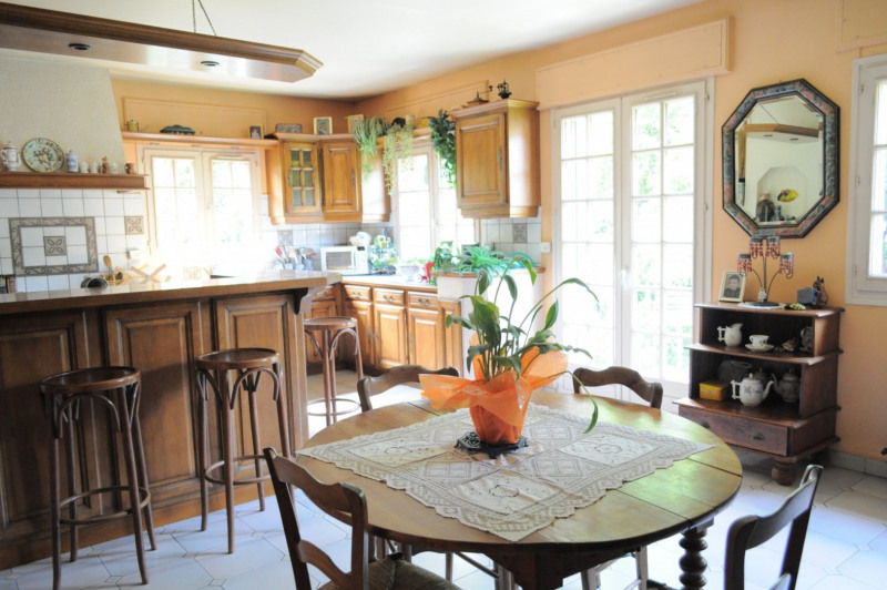 Sale house / villa Villemomble 625000€ - Picture 5
