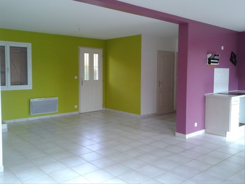 Location maison / villa St cyr sur le rhone 900€ CC - Photo 2
