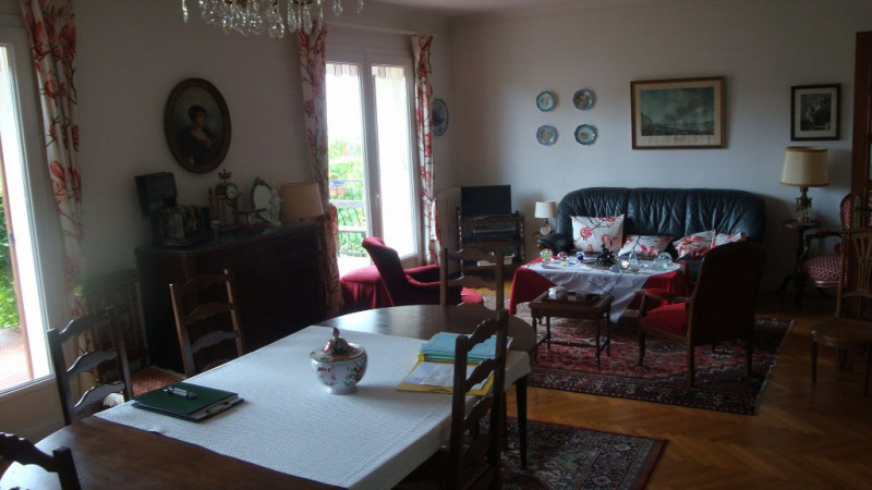 Sale house / villa Le passage 227 000€ - Picture 2