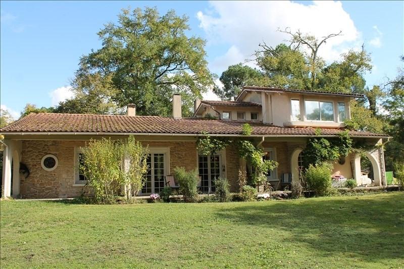 Sale house / villa Langon 380000€ - Picture 1