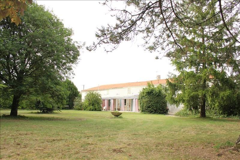 Sale house / villa Cire d aunis 210800€ - Picture 1