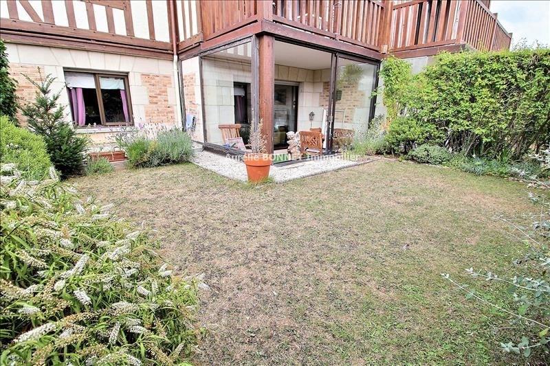 Sale apartment Deauville 275600€ - Picture 1