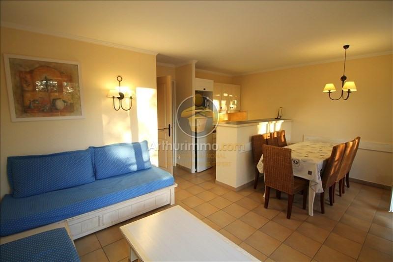 Sale apartment Grimaud 180000€ - Picture 2