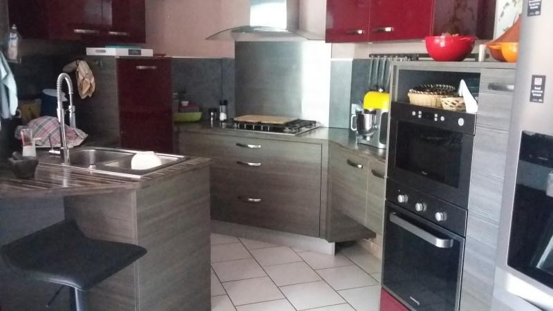 Sale house / villa La saline 334000€ - Picture 2