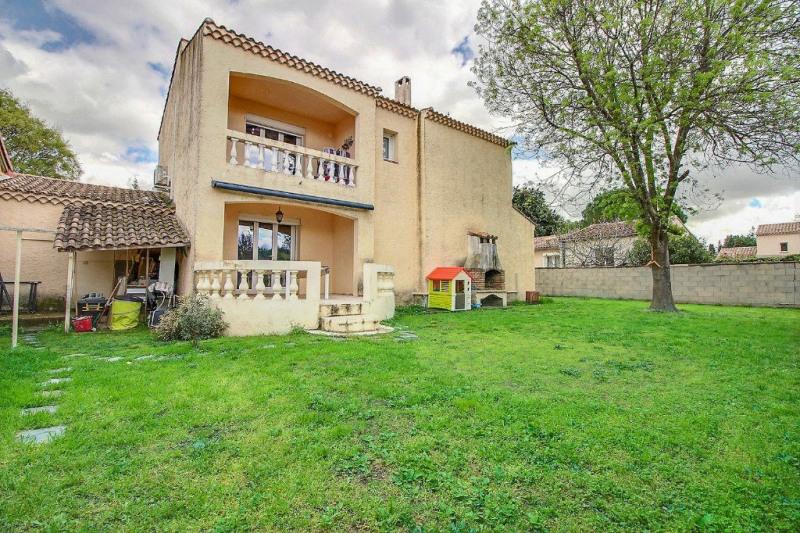Location maison / villa Marguerittes 1200€ CC - Photo 1