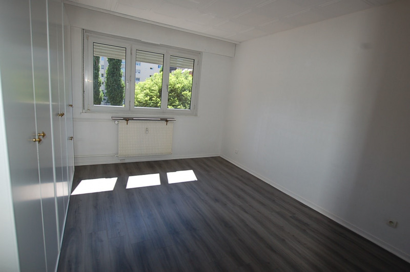 Location appartement Hoenheim 820€ CC - Photo 4