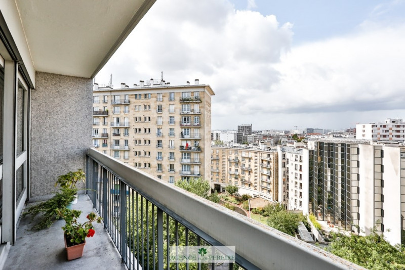 Vente appartement Paris 18ème 389 000€ - Photo 2