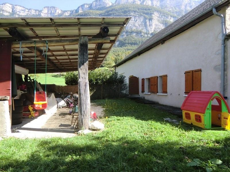 Location maison / villa Drumettaz clarafond 880€ CC - Photo 8
