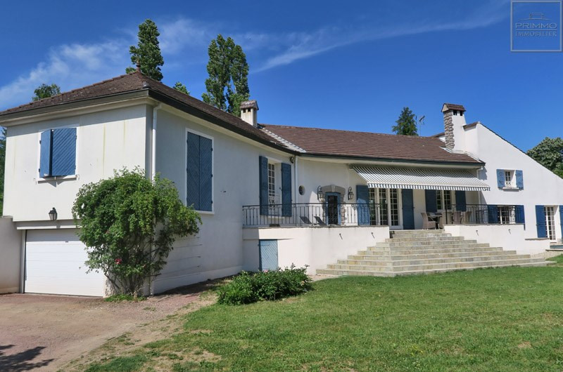 Deluxe sale house / villa Ecully 820000€ - Picture 1