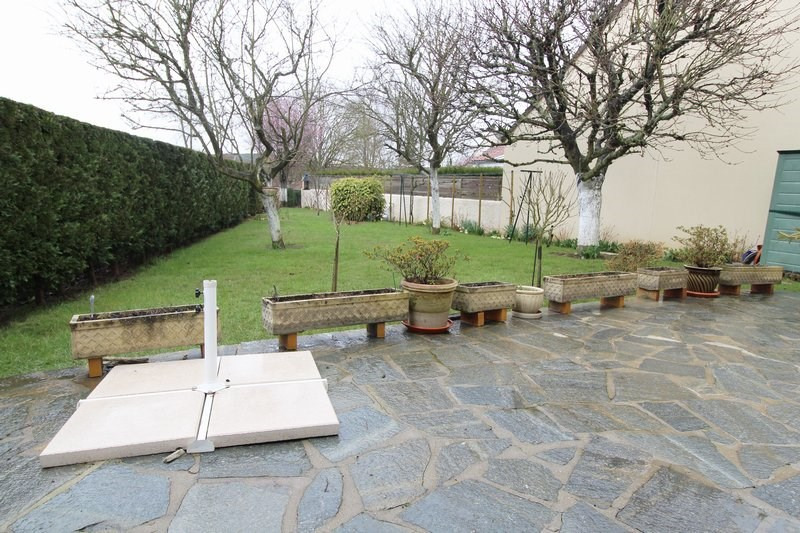 Sale house / villa Elancourt 400000€ - Picture 1