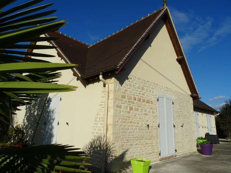 Sale house / villa Falaise 246000€ - Picture 1