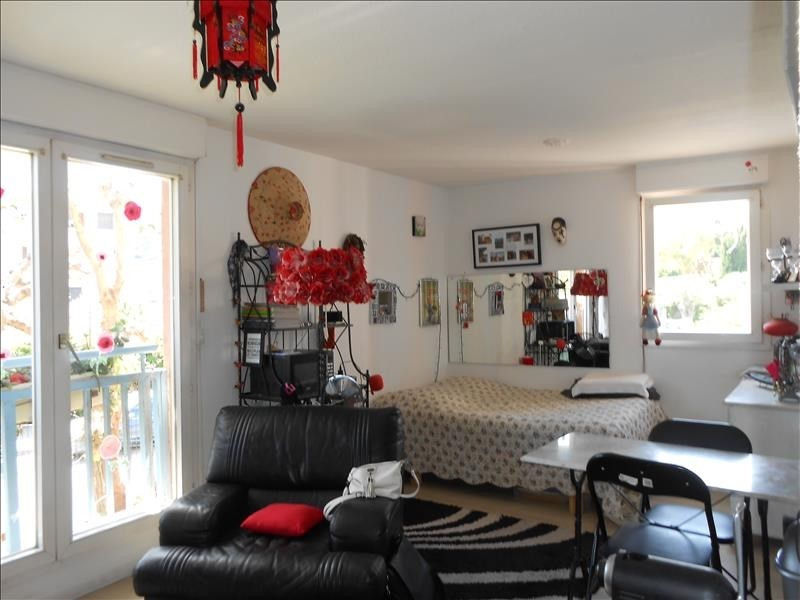 Sale apartment Vallauris 86000€ - Picture 2