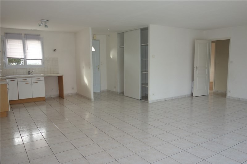 Sale house / villa La roche sur yon 174000€ - Picture 2