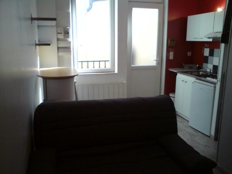 Location appartement Lyon 3ème 390€ CC - Photo 1
