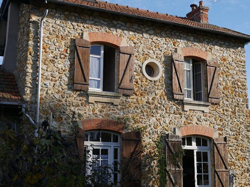 Sale house / villa Maurecourt 364000€ - Picture 1