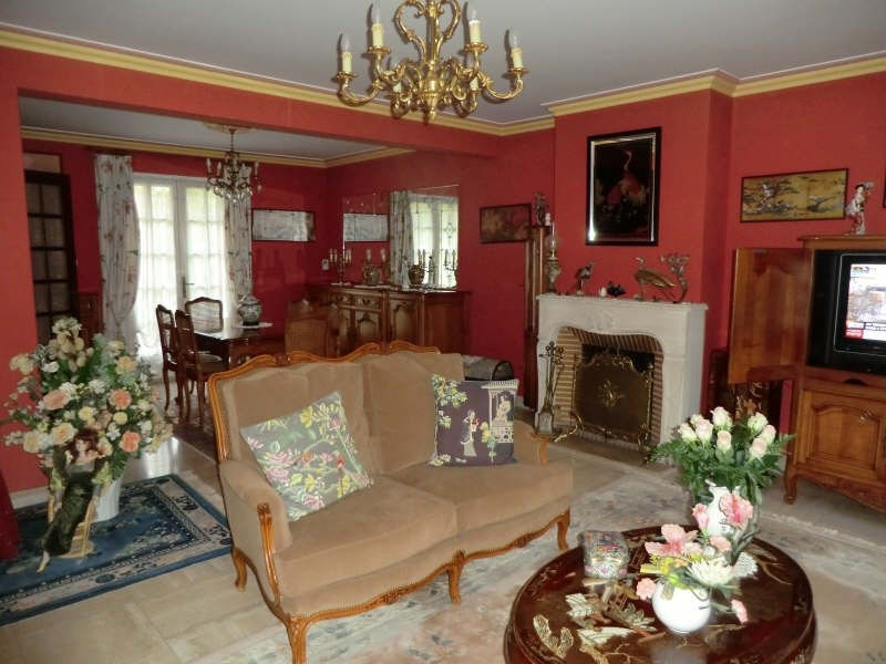 Sale house / villa Lamorlaye 540 000€ - Picture 3