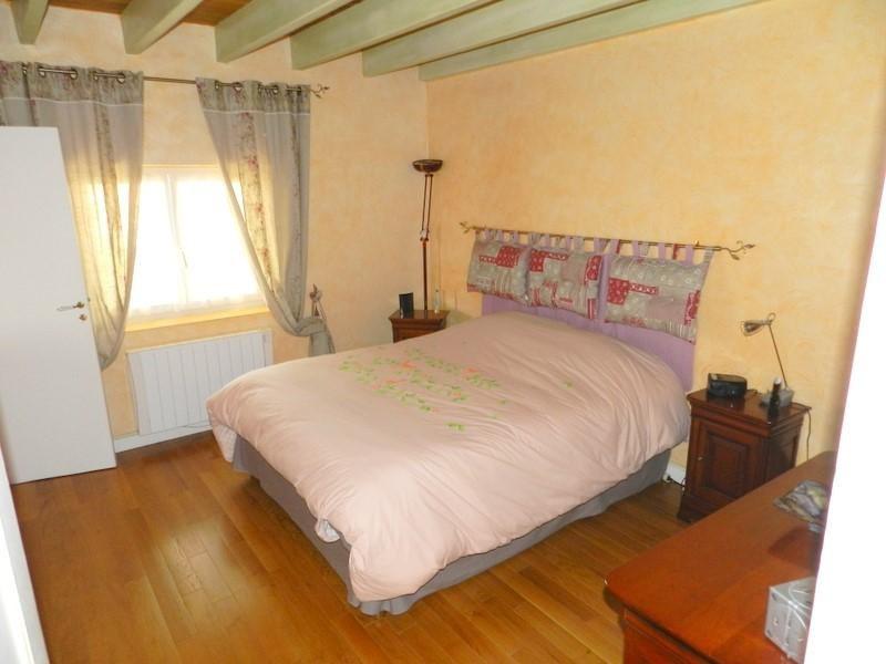 Vente maison / villa St andre de cubzac 378000€ - Photo 9
