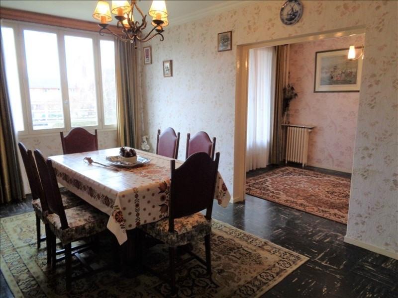 Sale apartment Orleans 81000€ - Picture 2